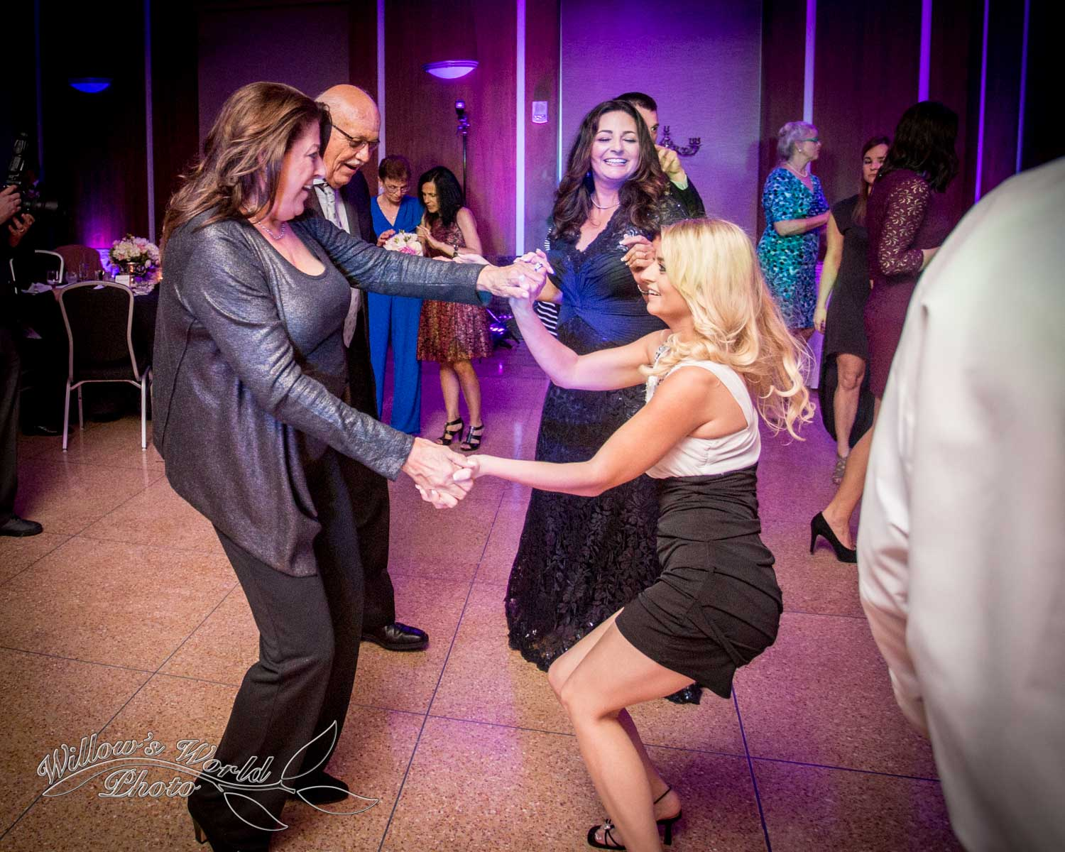New Orleans Wedding Photos Messinas at the Terminal Willows World Photo-24.jpg