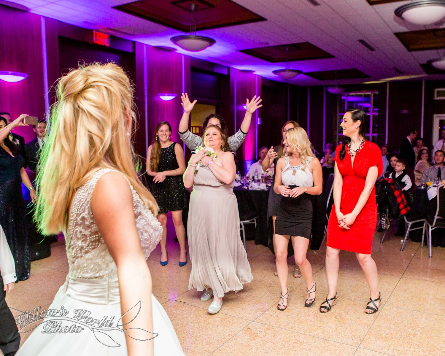 New Orleans Wedding Photos Messinas at the Terminal Willows World Photo-31.jpg