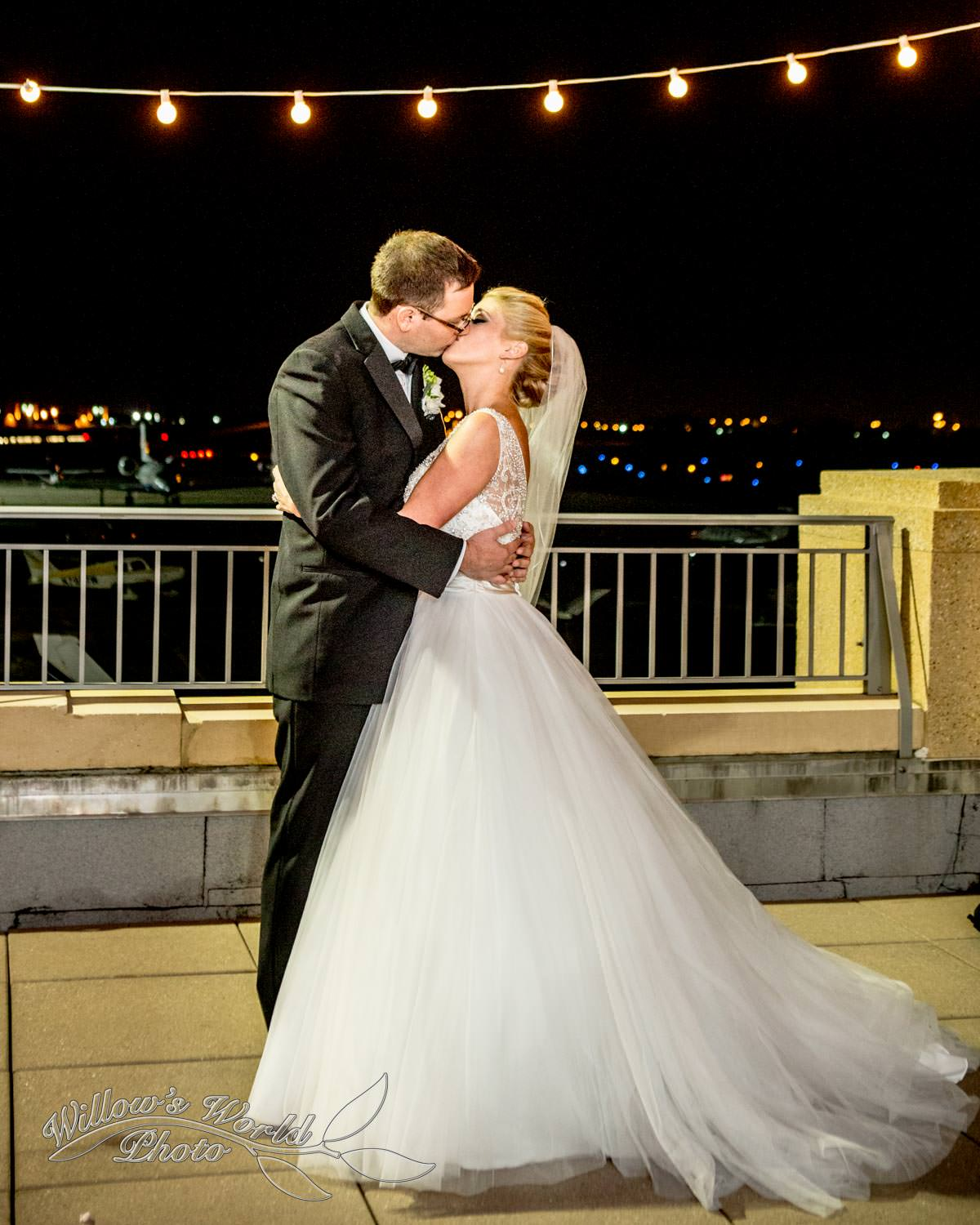 Morgan and Jeff share a kiss on the Observation Deck of Messina's at the Terminal...