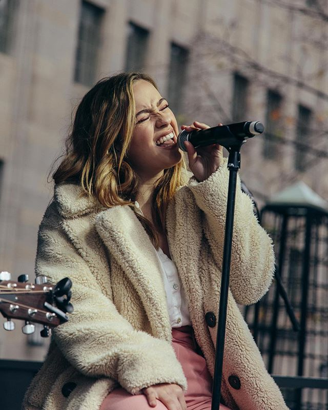 happy girl in her happy place ❤️ #bmolightsfest