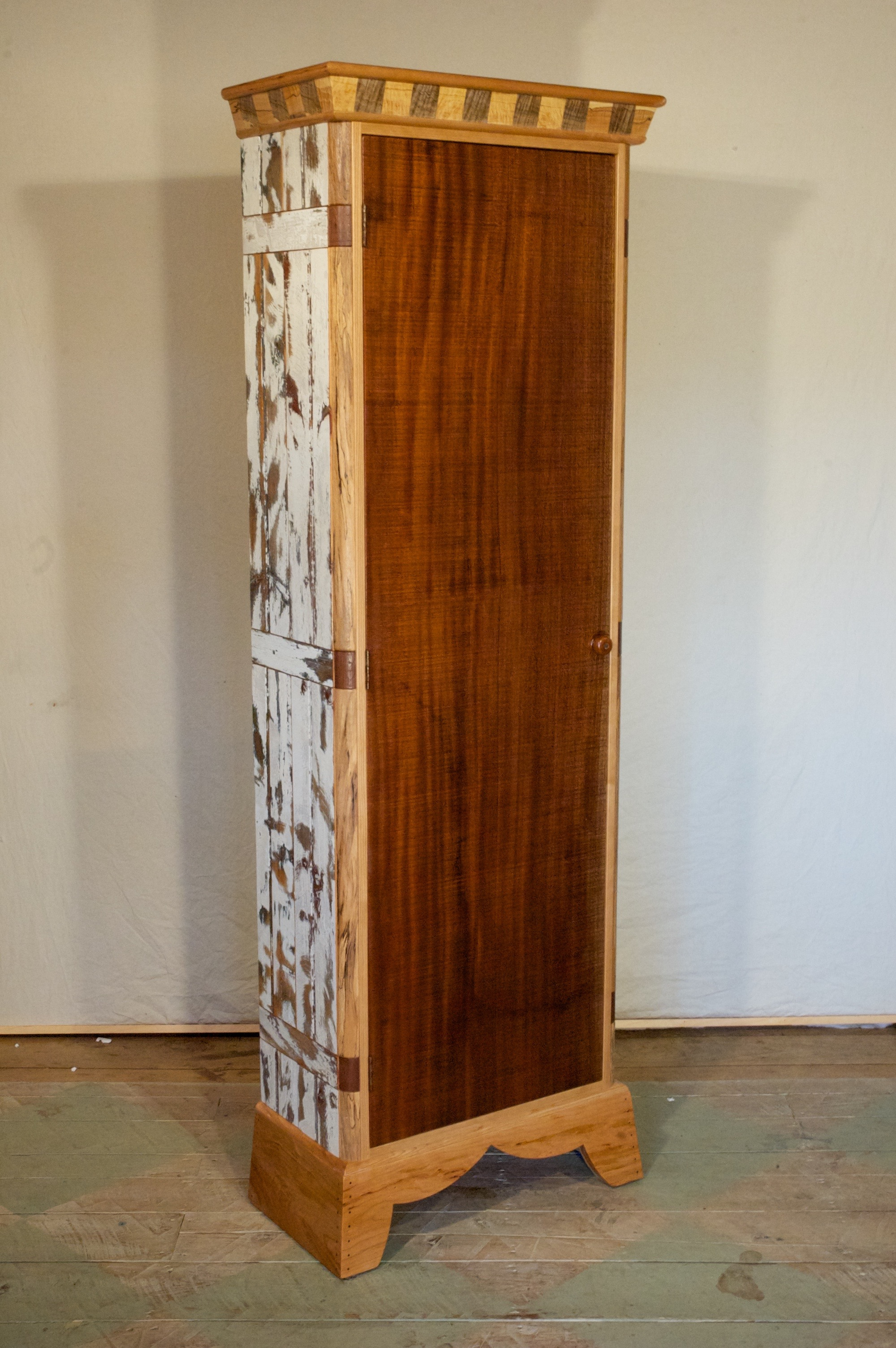 cabinet-tall-cabinet-white-2011-007.jpg