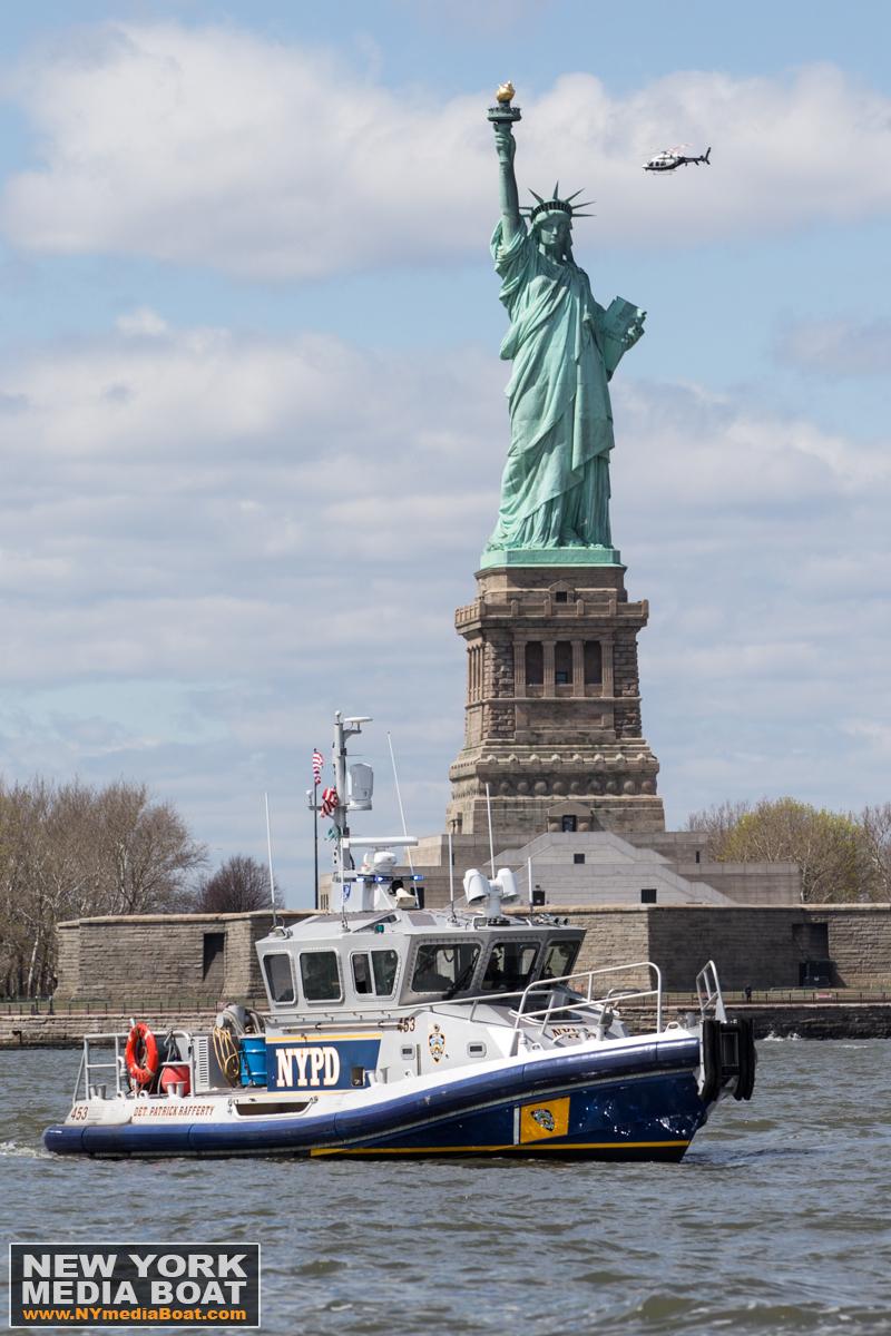 20150424_NewYorkMediaBoat_StatueofLiberty-1200-1581-wm.jpg