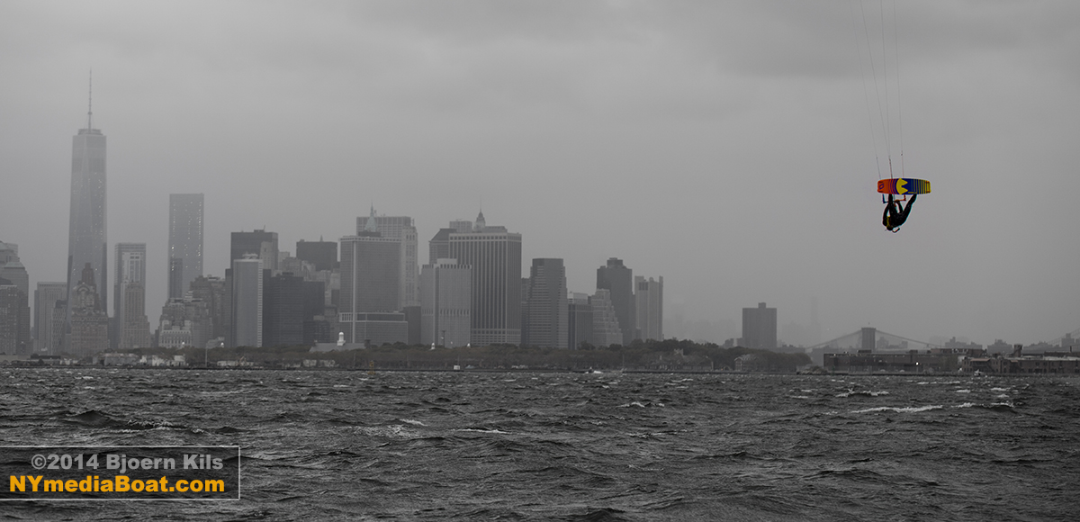 20140822_bjoern_kils_kitesurfing_NYC-2075_1200wm.jpg
