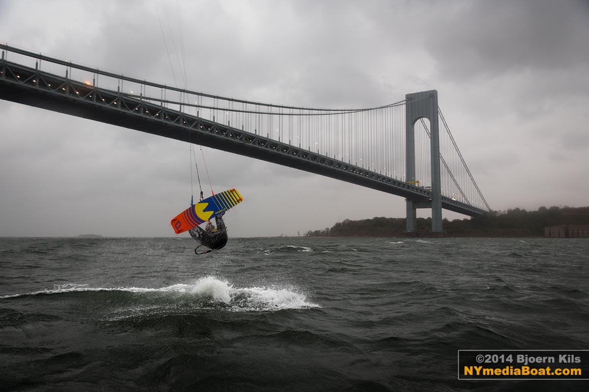20140822_bjoern_kils_kitesurfing_NYC-7797_1200wm.jpg