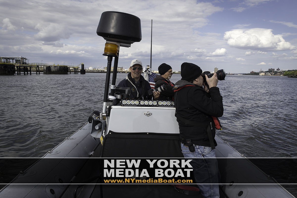 New_York_Media_Boat.jpg