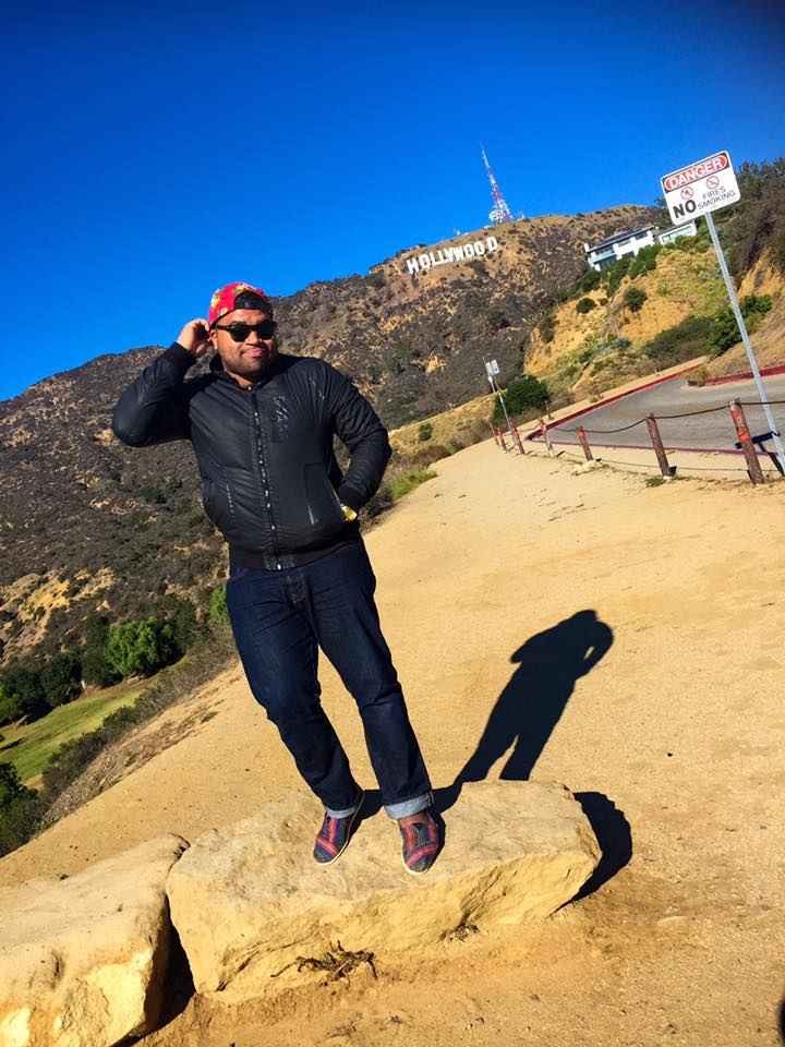 Taking a picture in front of the iconic Hollywood sign is a must for many visitors of Los Angeles.