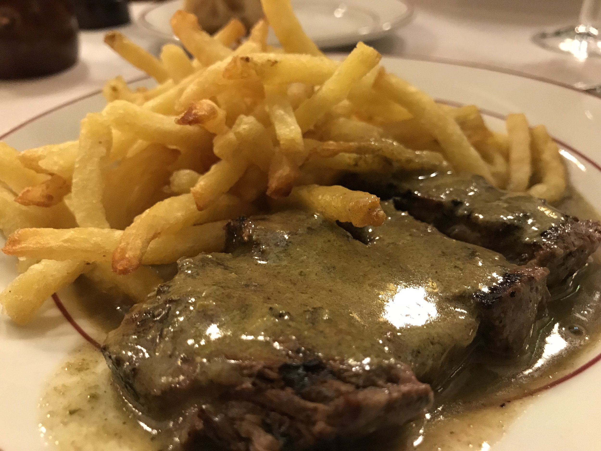 Steak and frites is the only thing Le Relais de l'Entrecôte serves, along with bread and a side salad