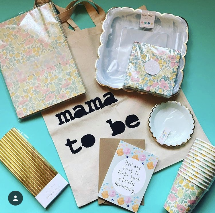 baby shower party wear, baby shower ideas