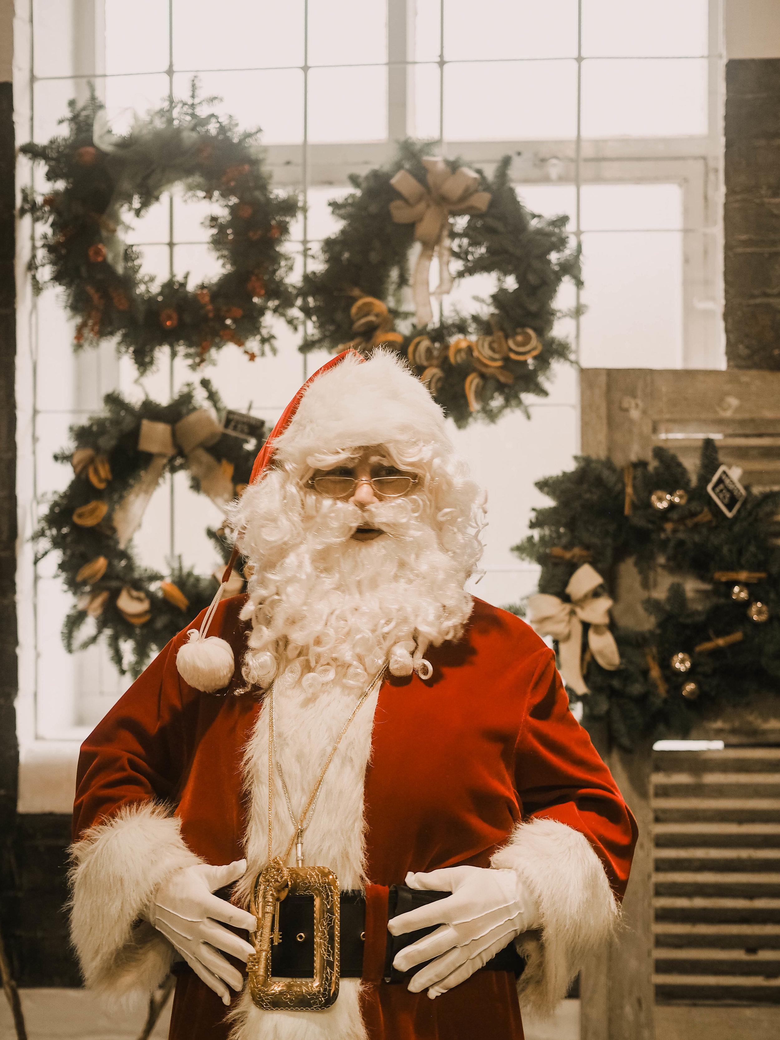 chrismas market derby with santa