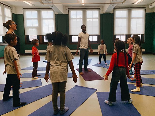 Our after-school enrichment programming started this week and we are so, so excited to have so many fun and unique options for our students (DJ club, rock band, spanish, and karate, to name a few)! On Tuesdays and Thursdays for the next ten weeks, Tre from @detroityogalab is leading a yoga class for our students and we can't wait to see how their practice progresses! Mountain pose at the beginning of class today was looking extra joyful, so it's definitely off to a great start 🧘🏽‍♀️🧘🏽‍♂️