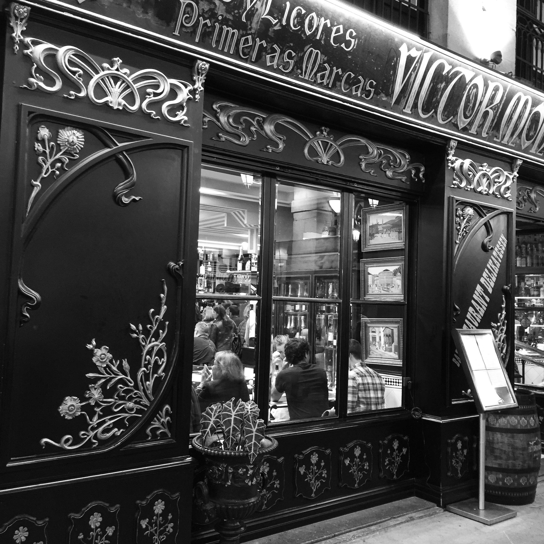 traditionelle Pintxos-Bar im Zentrum von Bilbao