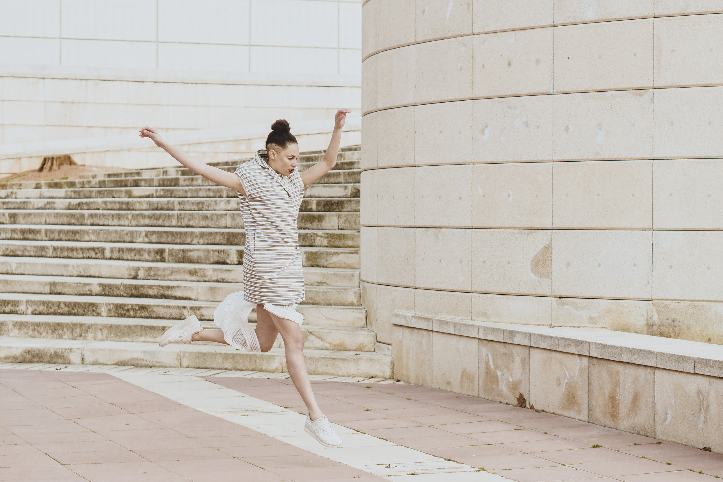 Dancing on the streets of Barcelona    Fashion Editorial & Personal Branding for dancer Sophia Ndaba