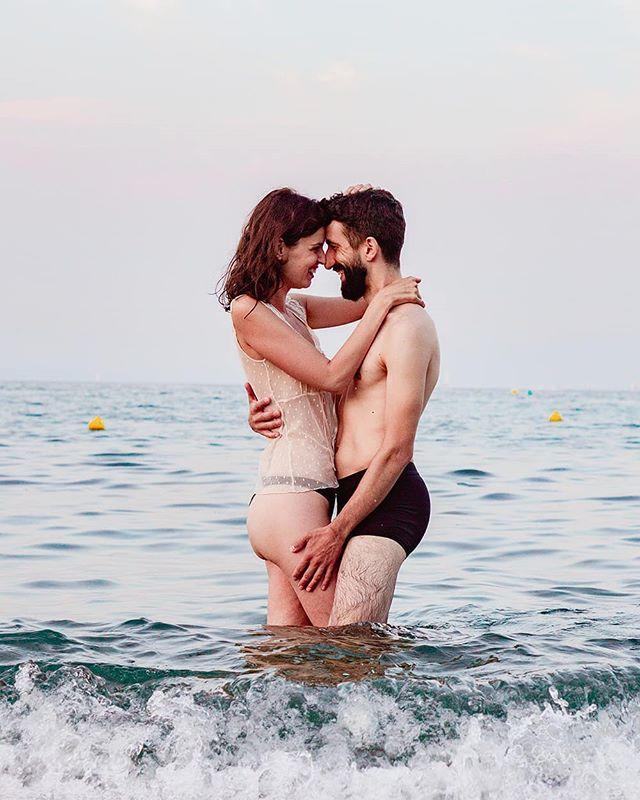 Because I can't say goodbye to summer!  #barcelonaphotographer #destinationweddingphotographer #barcelonaweddingphotographer . . .  #realmoments #belovedstories #visitbarcelona #photographerbarcelona #barcelonaelopement #adventurouswedding #loveandwildhearts #dirtybootsmessyhair #authenticlovemagazine #destinationwedding #couplegoals #madlyinlove #junebugweddings #weddingphotographerspain #vacationphotographer #loveherwild #photoshootbarcelona #moodygram #agameoftones  #portraitmode  #liveautentic #fotografobarcelona #intimatestorytellers #muchlove_ig  #engagementphotographer