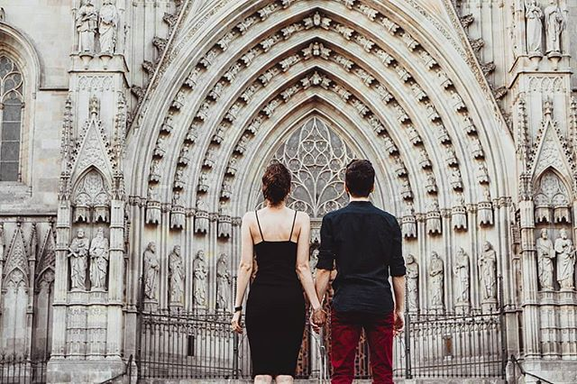 Some time ago strolling around my #barcelona with those two.  You recognise the background, right?  #couplegoals #couplephotography #shesaidyes . . . #barcelonaphotographer #engagementphotographerbarcelona #engagmentsession #visitbarcelona #visitspain #loveandwildhearts #lookslikefilm #barcelonaelopement #barcelonawedding #weddingphotographerbarcelona  #destinationwedding #dirtybootsmessyhair #moodygram #togetherweroam #madlyinlove  #barcelonagram #photographerbarcelona #photographerspain #barceloning #barcelonaweddingphotographer #photographerbarcelona #photobugcommunity #fotografobarcelona #bodasbarcelona  #loveher #instalove
