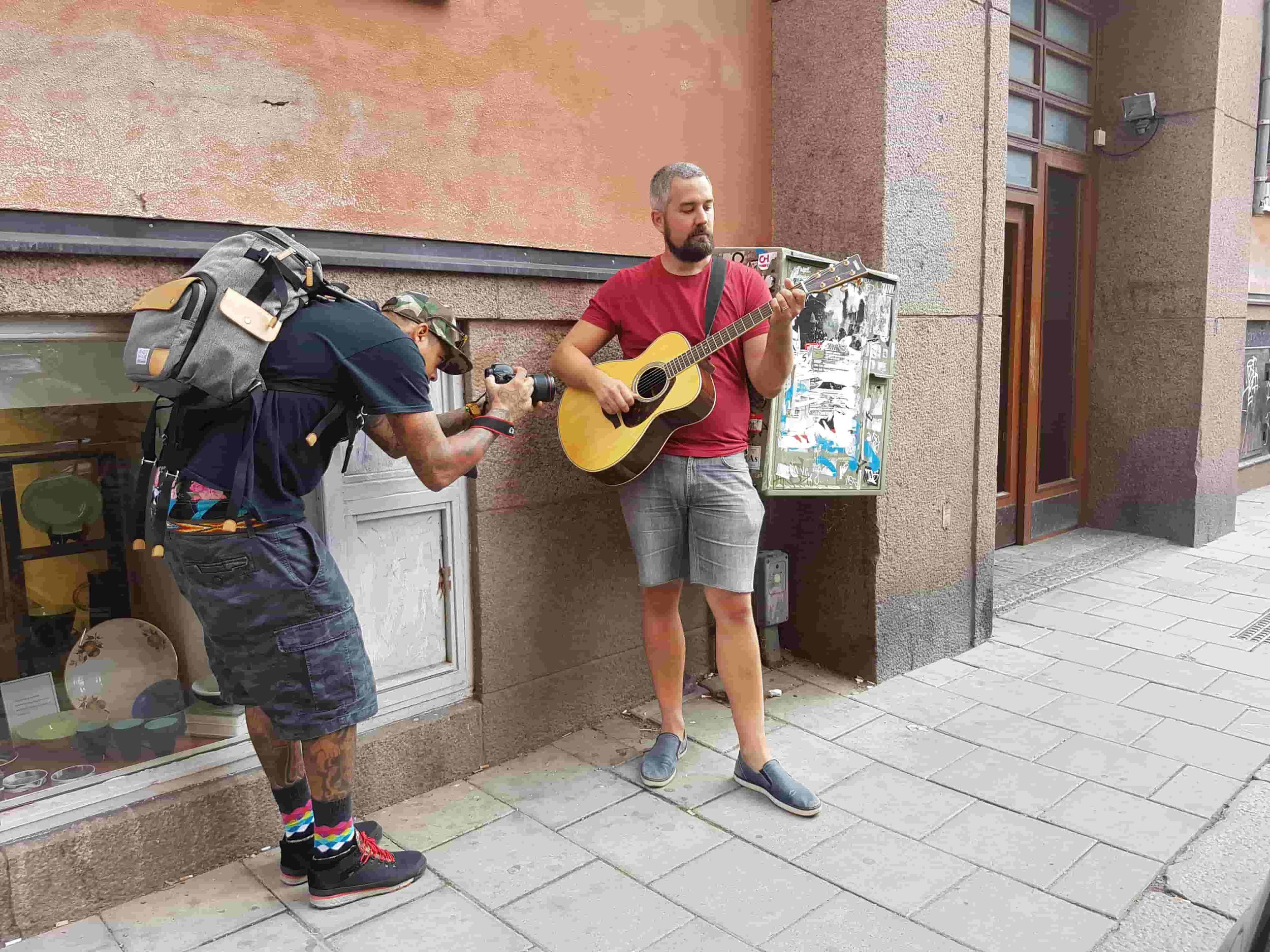 On the street with Jon Magnusson indie folk singer
