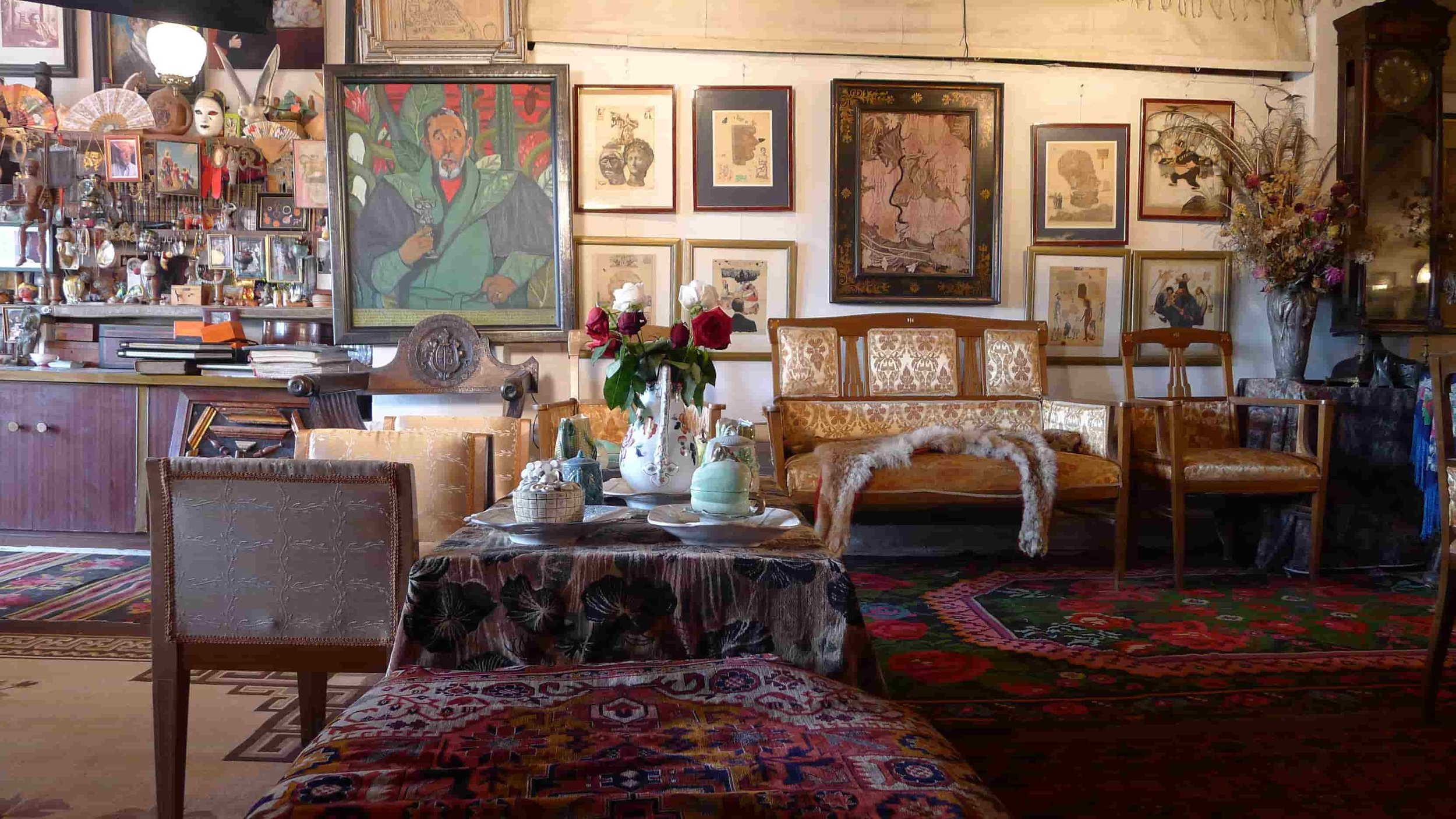 Anatol Brusilovsky's studio in the indie documentary Life is Art