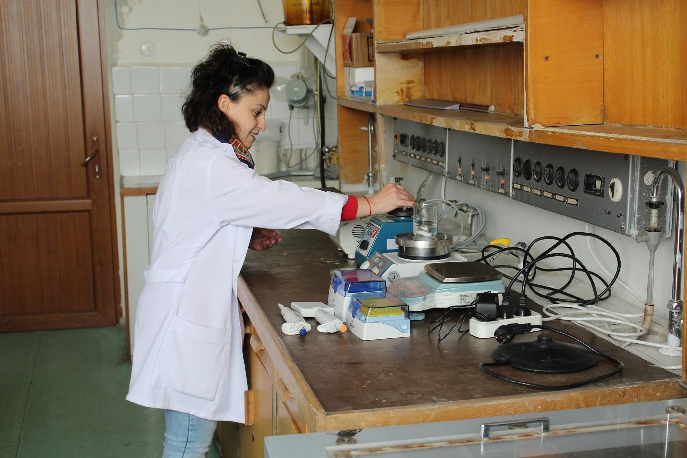 2 ANSEF 2018    biochem 4977, PI Flora Sarukhanyan.JPG
