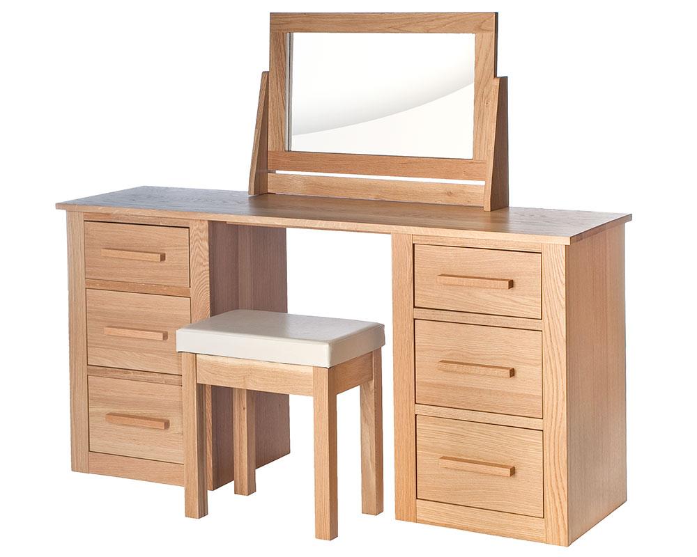 photographer-room-set-furniture-018.jpg