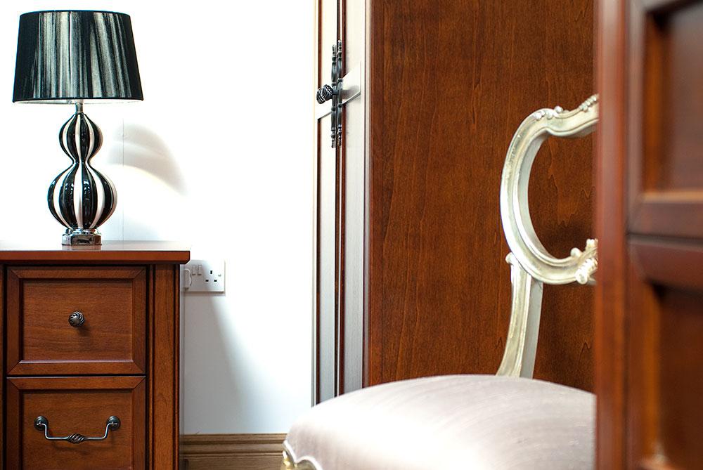 photographer-room-set-furniture-057.jpg