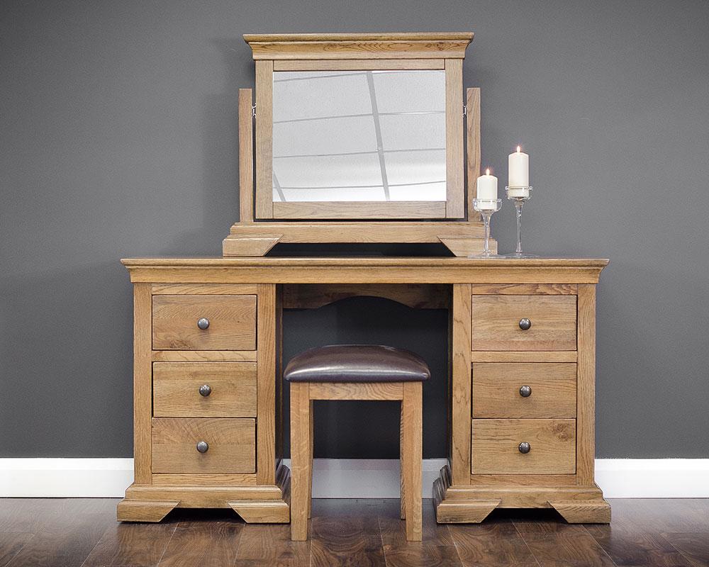 photographer-room-set-furniture-214.jpg