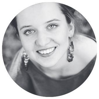Ester PLUSKALOVÁ   - NG Media tým  - spravuje FB, Instagram a webovky NG, pracuje v NG Olomouc a vede skupinku