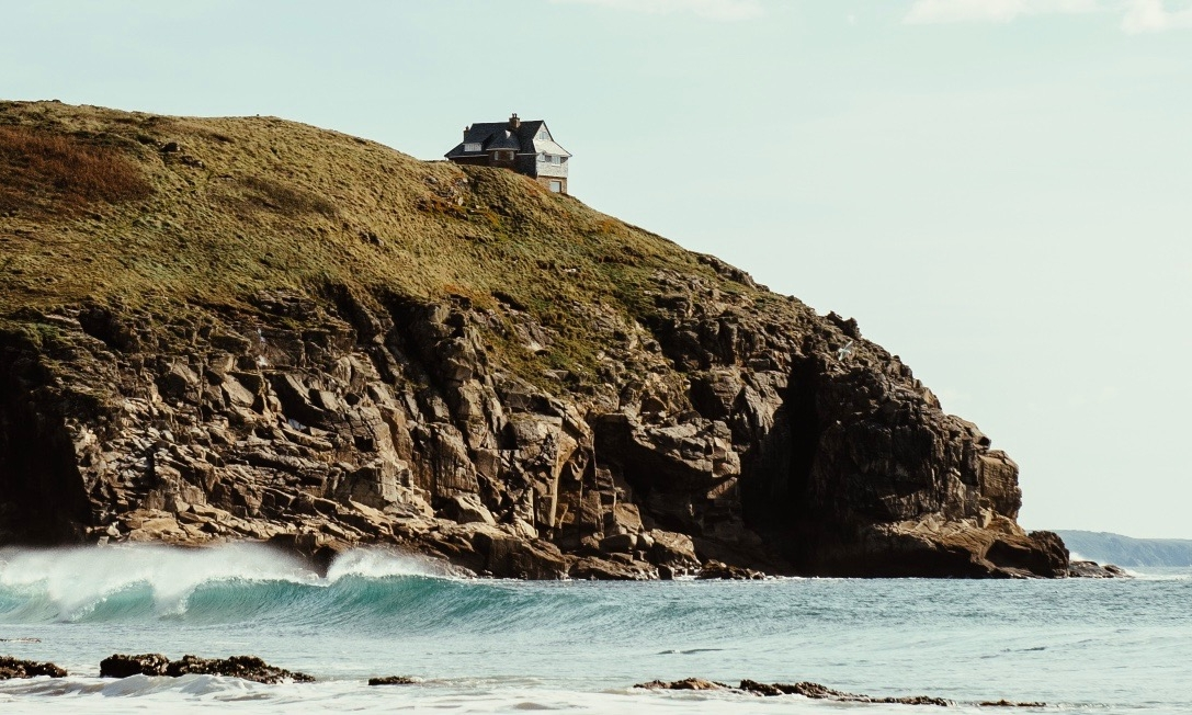 KERNOW IN OCTOBER  In October we packed up the freshly branded Newland wagon for a week of camping, surfing, product research and general R & R.    READ MORE