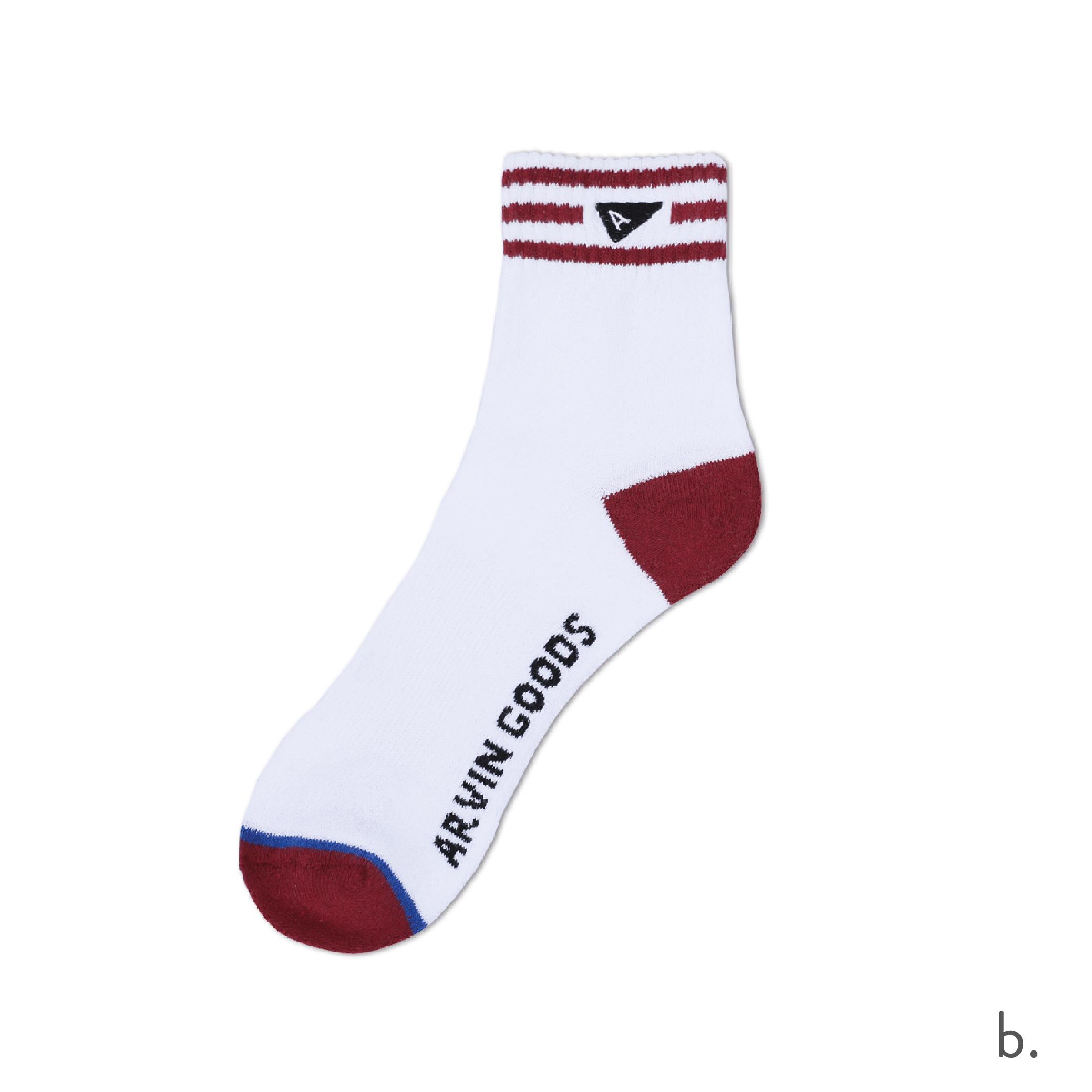 b. Burgundy & White Crew Sock.png