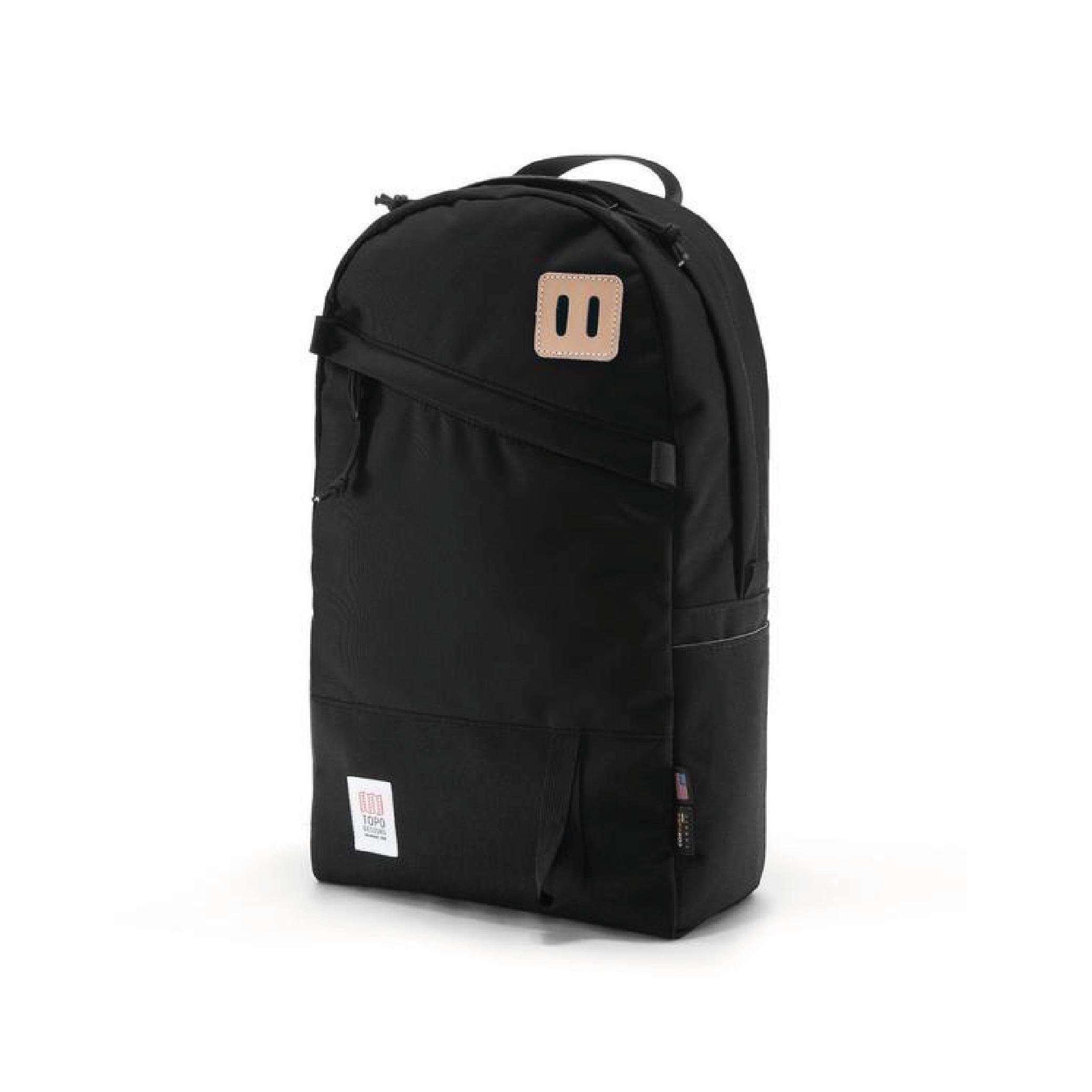 Topo Daypack Black.png