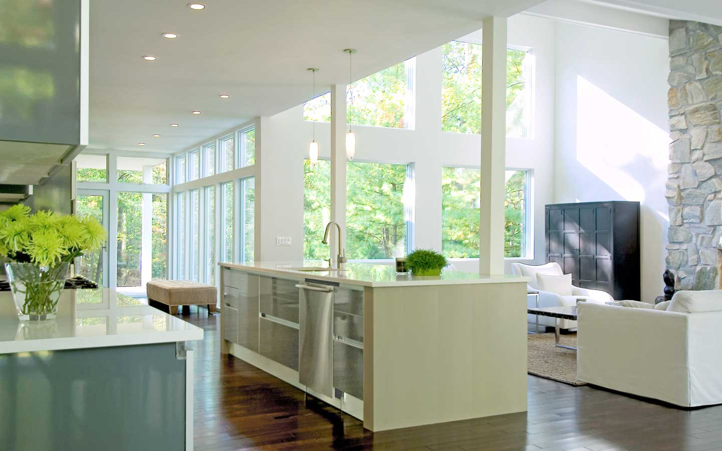Hampton_Design_Interior_Design_East_Hampton_Kitchen_01.jpg