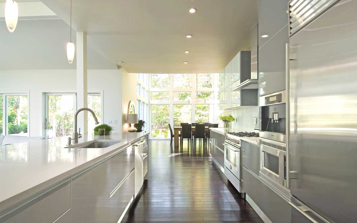 Hampton_Design_Interior_Design_East_Hampton_Kitchen_02.jpg
