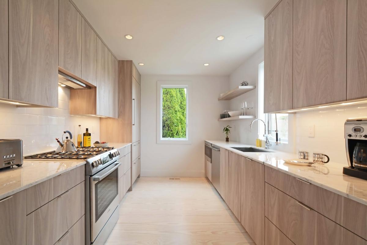Hampton_Design_Bridgehampton_Farmhouse_07.jpg