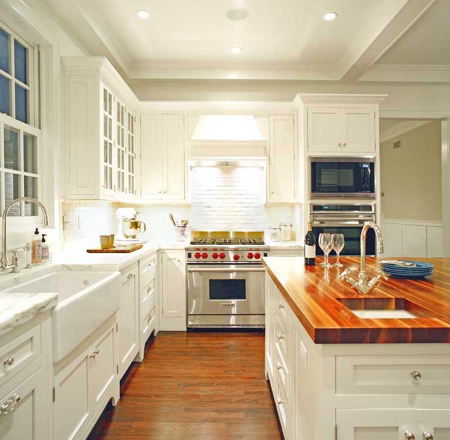 Hampton_Design_Sag_Harbor_Kitchen01.jpg