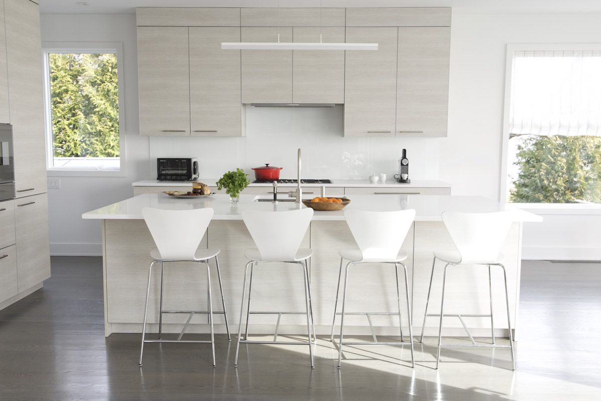 Hampton_Design_North_Haven_Beach_House_Modern_11.jpg