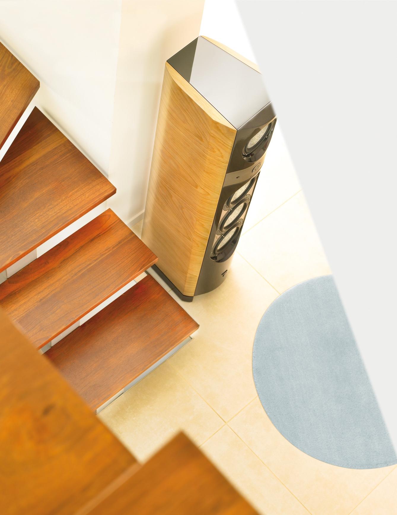1038 escalier.jpg