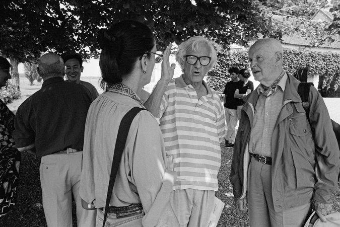 De gauche à droite : Martine FRANCK, Marc RIBOUD, Henri Cartier BRESSON