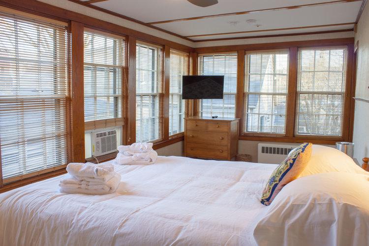Room6c.jpg