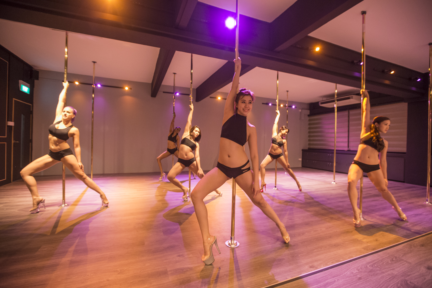 TRIAL CLASSES   Are you curious and not sure if this is for you? Try out our 1 hour introduction to the basics of Pole dancing, Striptease or Splits & Backbends for only SGD 15!  Suitable for anyone at any fitness level.   Book a Trial Class