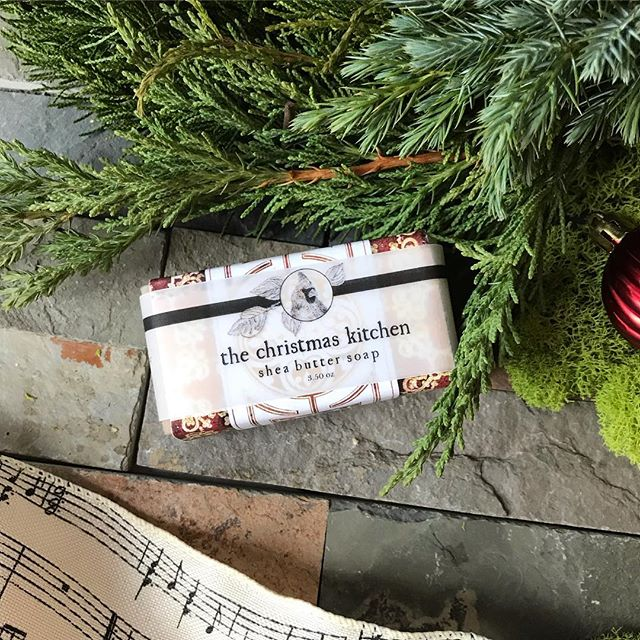 🎄The Christmas Kitchen soap is our best selling holiday soap. 🍊 Orange, Clove, Nutmeg, Allspice and Vanilla blended into a yummy smelling fresh-baked-from-the-kitchen treat!  Our Shea Butter formula doesn't dry out your skin like liquid hand soap. 🧼 Smells great, wrapped pretty, ready for gifting! One of our five special Christmas soaps which make great gifts.