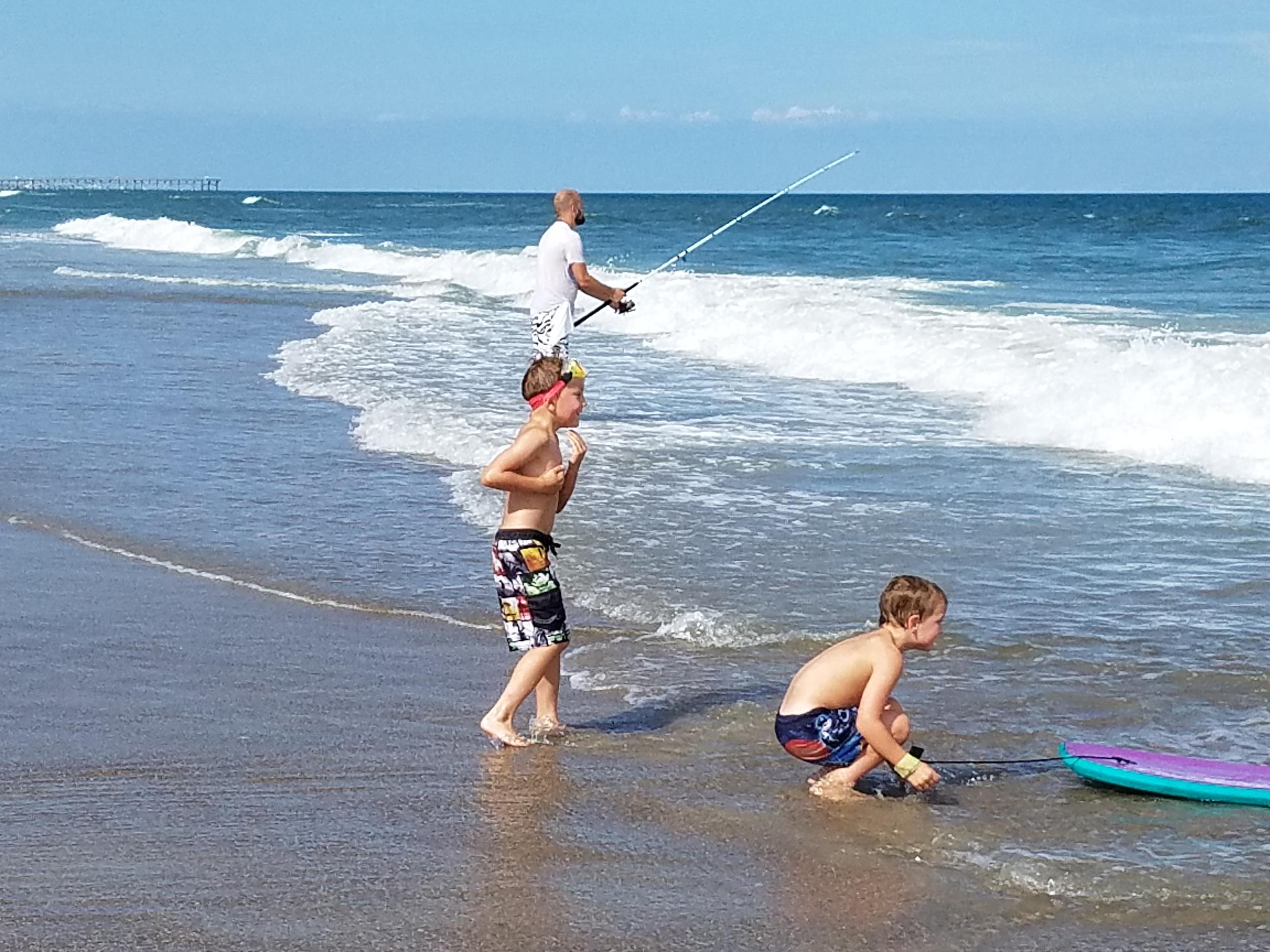 Aiden and Aaron beach July 18 2016.jpg