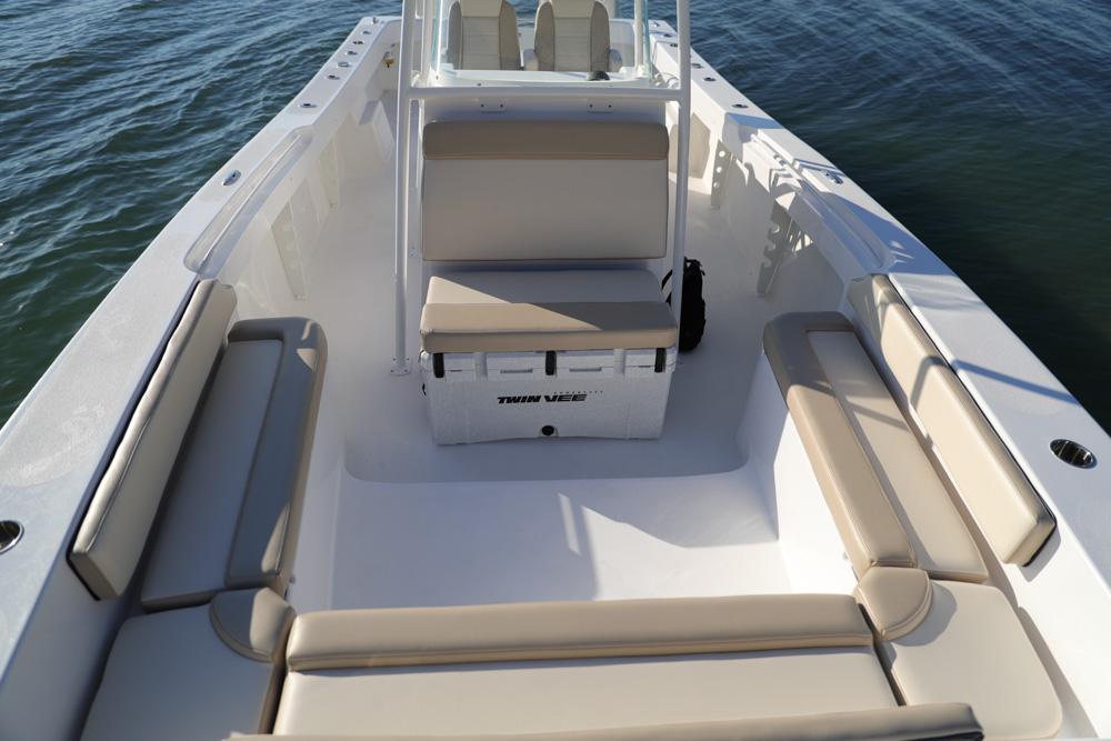 twinvee-power-catamarans-192.jpg