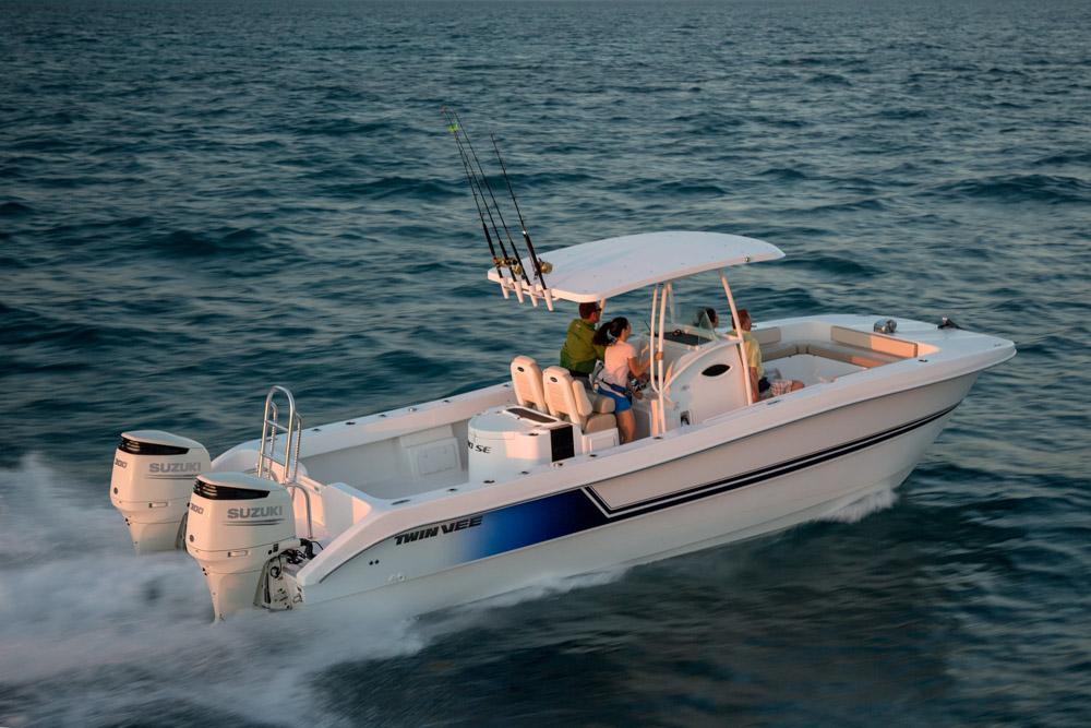 twinvee-power-catamarans-216.jpg