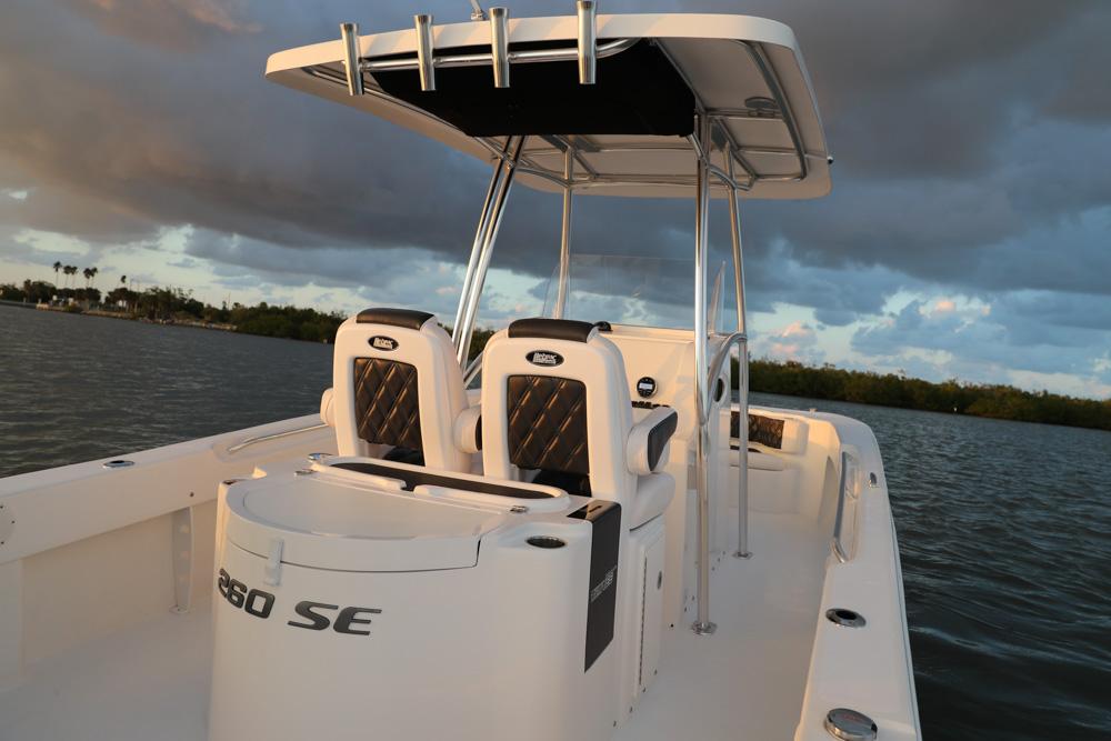twinvee-power-catamarans-5.jpg