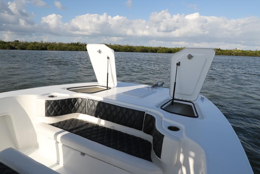twinvee-power-catamarans-10.jpg