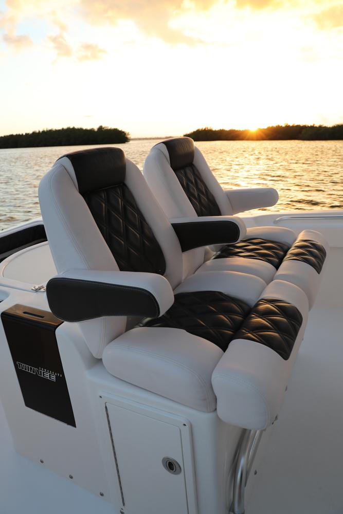 twinvee-power-catamarans-15.jpg