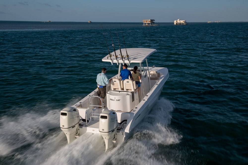 twinvee-power-catamarans-31.jpg