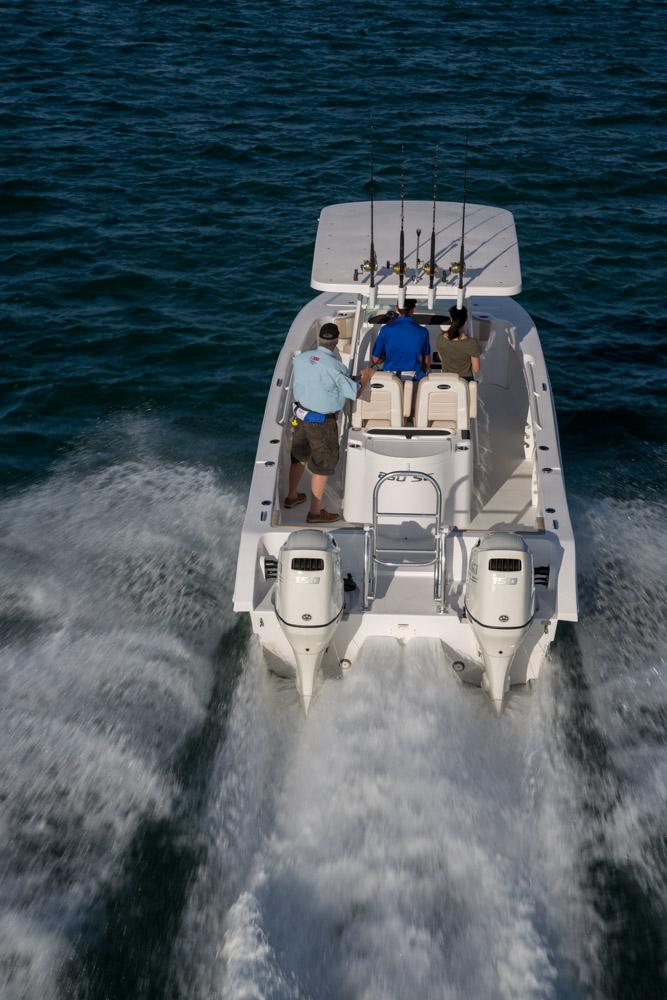 twinvee-power-catamarans-33.jpg