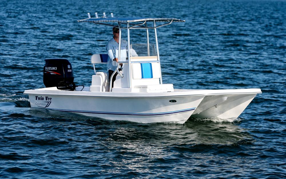 twinvee-power-catamarans-baycat-5.jpg