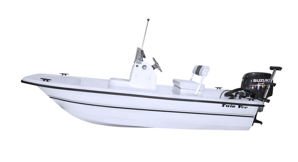 twinvee-power-catamarans-baycat-13.jpg
