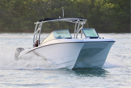 soft top, Hard TOP or topless - With Twin Vee, you have choices, optional tops include Sport Arch with cloth or the gunwale to gunwale soft or hard for additional coverage. 240 DC tops are functional as well as good looking and convenient features including anchor light, spreader lights and tow point.