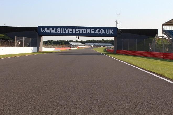 Silverstone20track_660.jpg